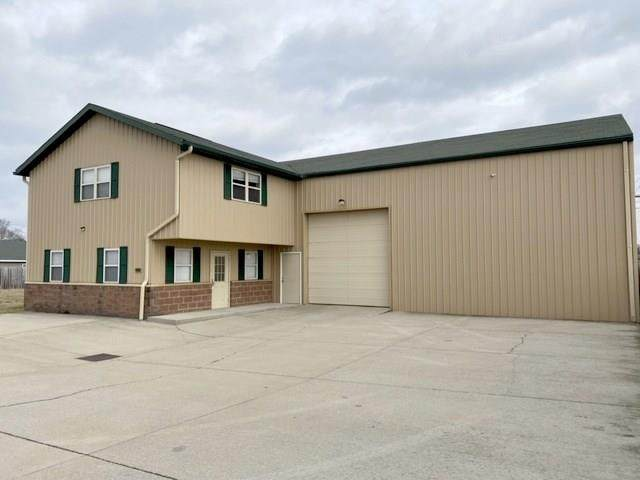 2918 S 1st Street, Terre Haute, IN 47802 (MLS #21750028) :: Realty ONE Group Dream