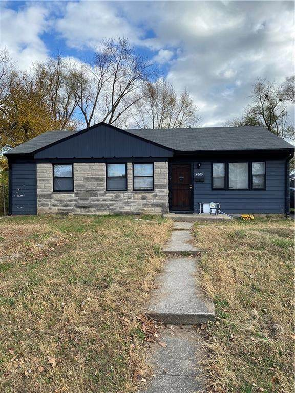 2823 Sangster Avenue, Indianapolis, IN 46218 (MLS #21751526) :: Anthony Robinson & AMR Real Estate Group LLC