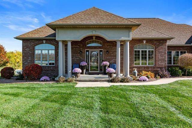 10 Conner Drive, Hartford City, IN 47348 (MLS #21751650) :: The ORR Home Selling Team