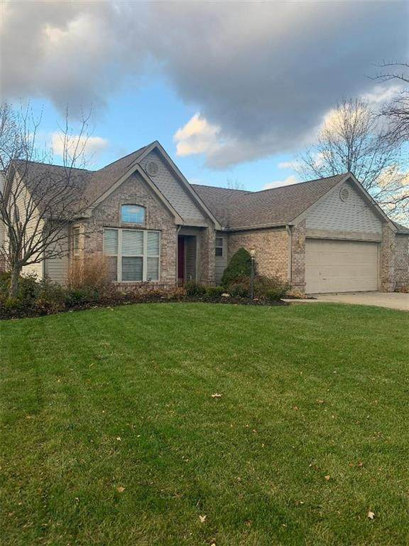 1276 Crisfield Circle, Greenwood, IN 46142 (MLS #21752651) :: The ORR Home Selling Team