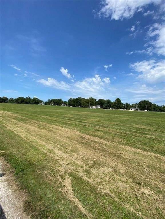 Lot 4 W Kennett, Terre Haute, IN 47802 (MLS #21752782) :: AR/haus Group Realty