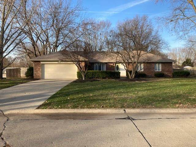 4252 Bittersweet Lane, Greenwood, IN 46142 (MLS #21754462) :: Richwine Elite Group