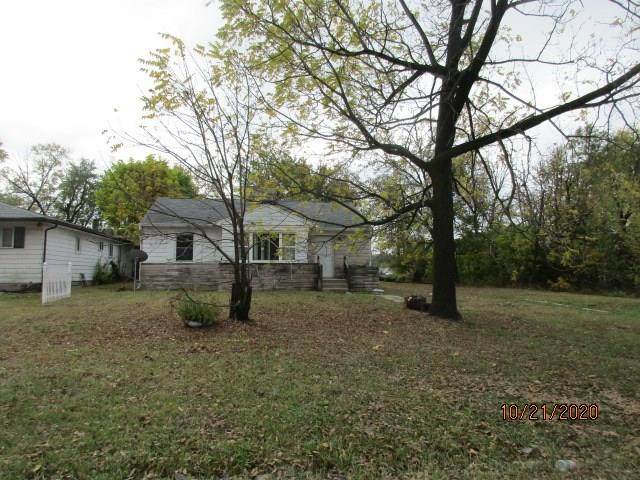 4761 E 39th Street, Indianapolis, IN 46226 (MLS #21754563) :: Richwine Elite Group