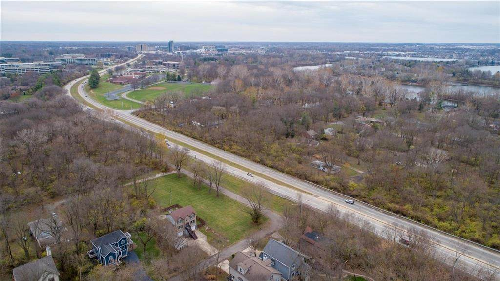 7902 Keystone Avenue - Photo 1