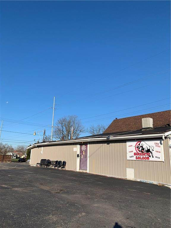 2801 S Madison Street, Muncie, IN 47302 (MLS #21756121) :: Mike Price Realty Team - RE/MAX Centerstone