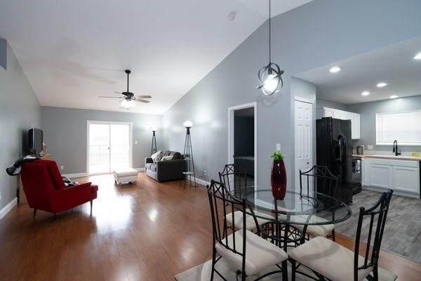 651 Findlay Lane, Greenwood, IN 46143 (MLS #21757942) :: AR/haus Group Realty