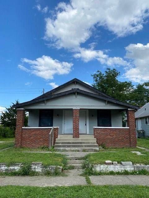 833 Gladstone Avenue - Photo 1