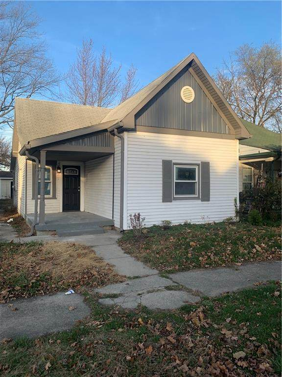 2014 Barth Avenue, Indianapolis, IN 46203 (MLS #21760072) :: The Indy Property Source