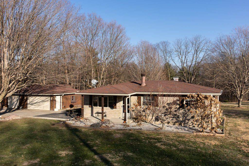 1147 State Road 39 - Photo 1