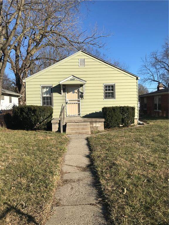 3269 Hovey Street, Indianapolis, IN 46218 (MLS #21763616) :: RE/MAX Legacy