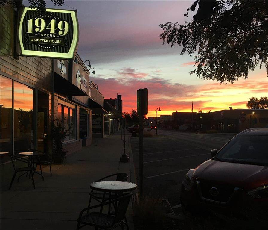 614 Main Street - Photo 1