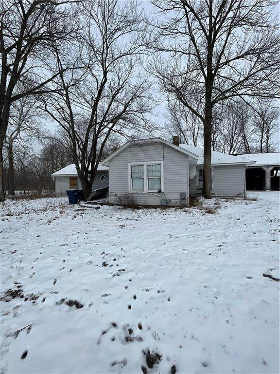 600 N College Avenue, Greencastle, IN 46135 (MLS #21764670) :: Mike Price Realty Team - RE/MAX Centerstone