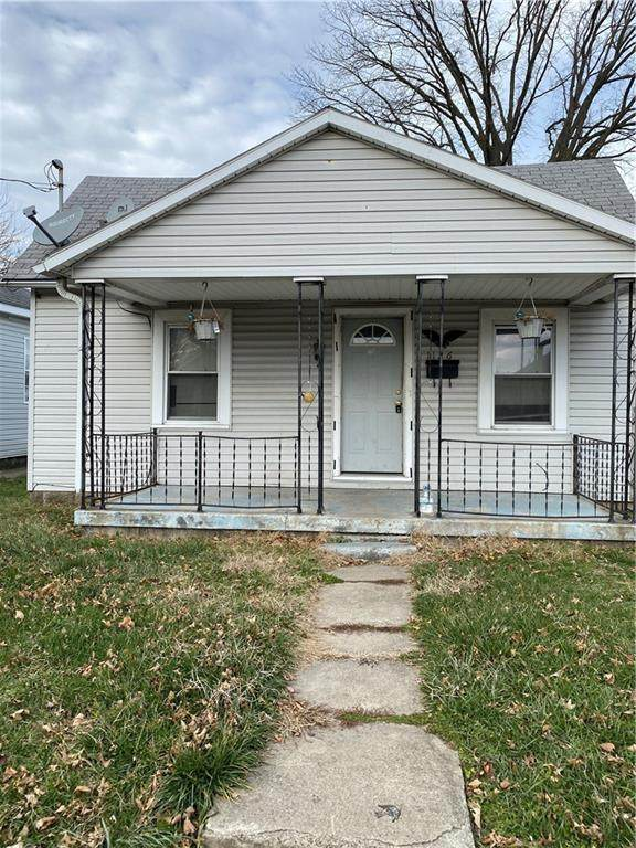 1126 E 27th Street, Anderson, IN 46016 (MLS #21764952) :: Heard Real Estate Team | eXp Realty, LLC