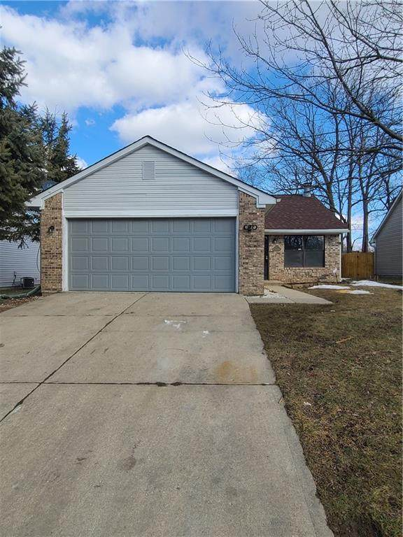 3651 Bearwood Drive, Indianapolis, IN 46235 (MLS #21768393) :: The Evelo Team