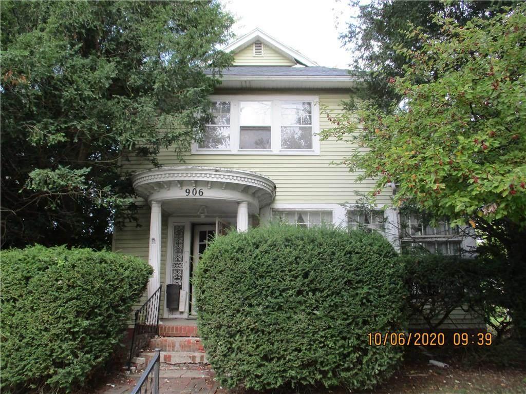 906 Spencer Avenue - Photo 1