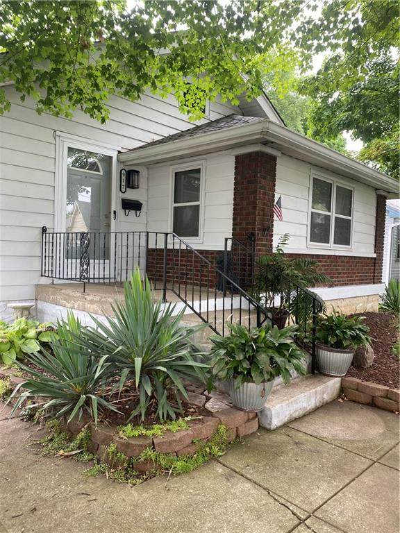 917 E Mills Avenue, Indianapolis, IN 46227 (MLS #21769668) :: AR/haus Group Realty