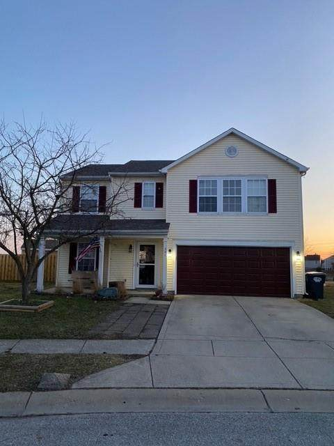 387 Sunburst Lane, Greenwood, IN 46143 (MLS #21769682) :: Heard Real Estate Team | eXp Realty, LLC