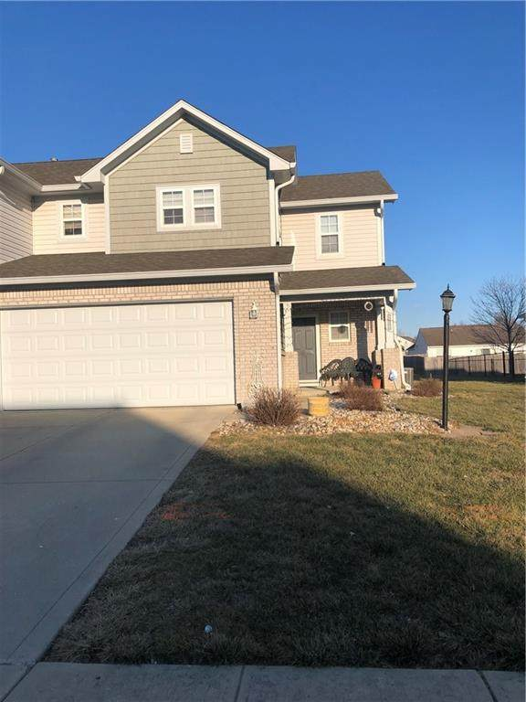 215 Clear Branch Drive, Brownsburg, IN 46112 (MLS #21770227) :: The Indy Property Source