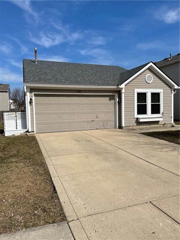 450 Kimbrough Lane, Carmel, IN 46032 (MLS #21770796) :: Mike Price Realty Team - RE/MAX Centerstone