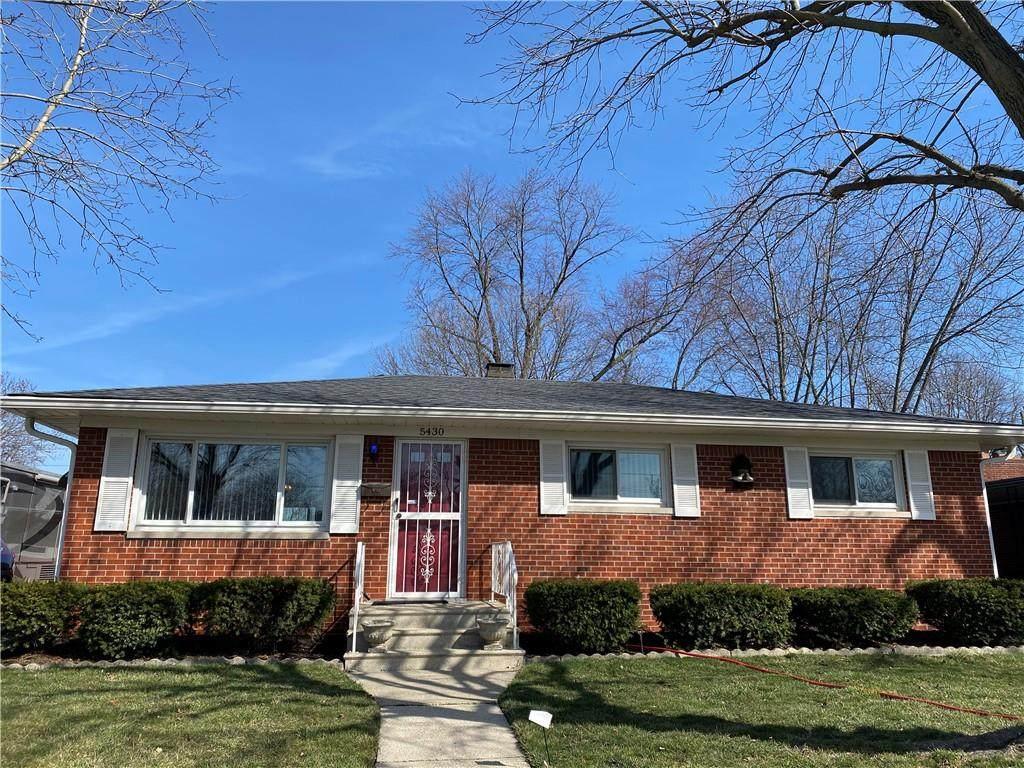 5430 Maplewood Drive - Photo 1