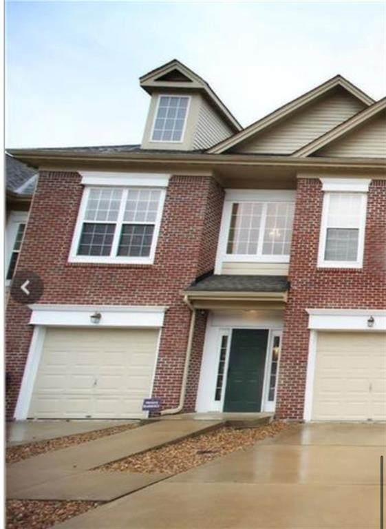 1631 Lacebark Drive K, Greenwood, IN 46143 (MLS #21773917) :: Heard Real Estate Team | eXp Realty, LLC