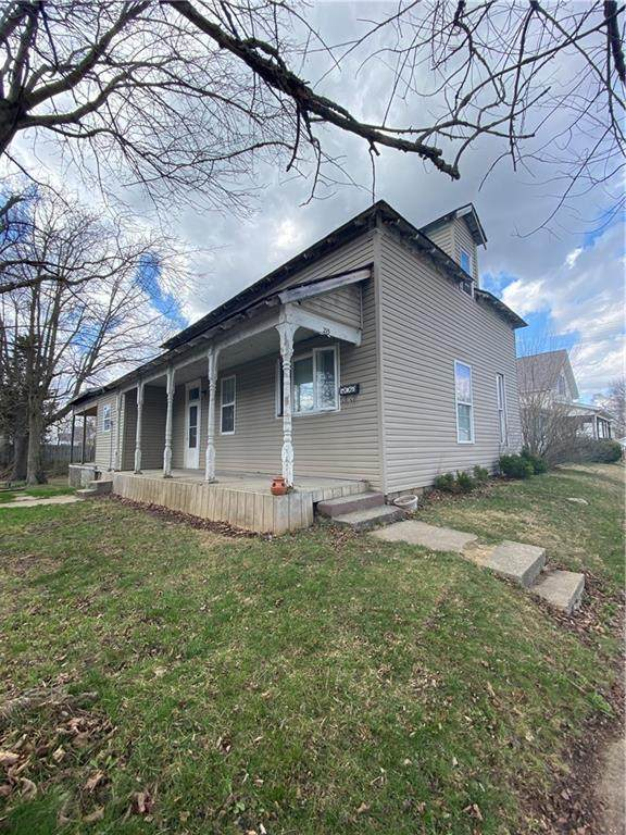 215 N 20th Street, New Castle, IN 47362 (MLS #21774257) :: The Evelo Team