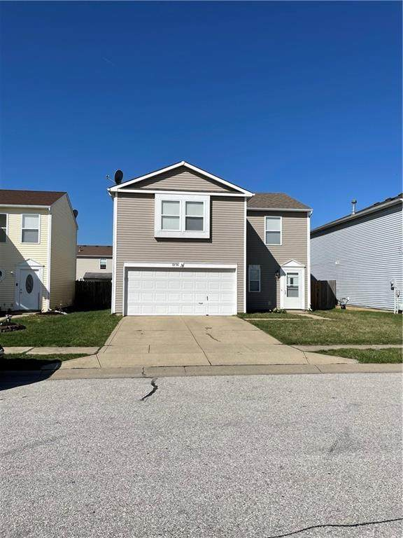 2336 Harvest Moon Drive, Greenwood, IN 46143 (MLS #21774766) :: The Indy Property Source