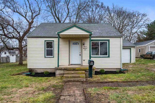 709 N Minnesota Avenue, Alexandria, IN 46001 (MLS #21774887) :: The ORR Home Selling Team