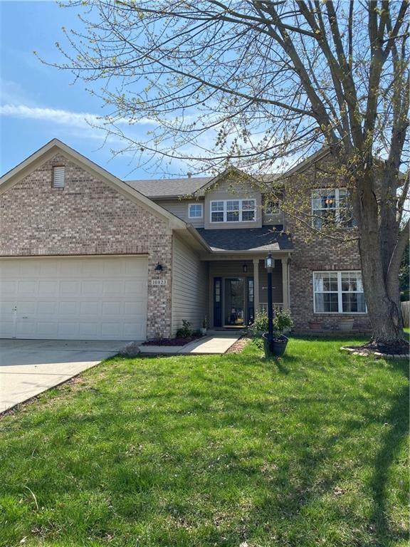 10823 Roundtree Road, Fishers, IN 46037 (MLS #21777170) :: Mike Price Realty Team - RE/MAX Centerstone