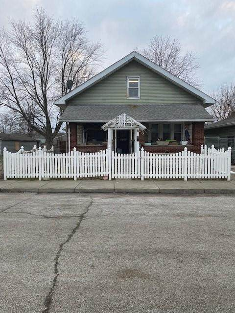 908 Saint Peter Street, Indianapolis, IN 46203 (MLS #21777210) :: AR/haus Group Realty