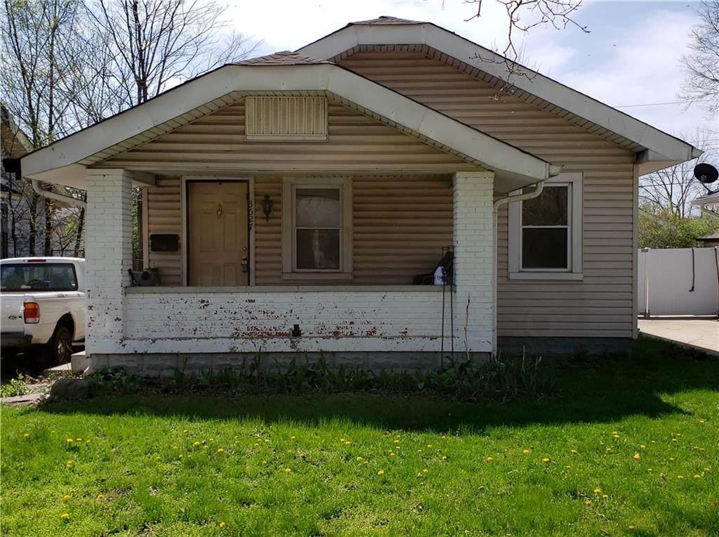 3627 Creston Drive - Photo 1