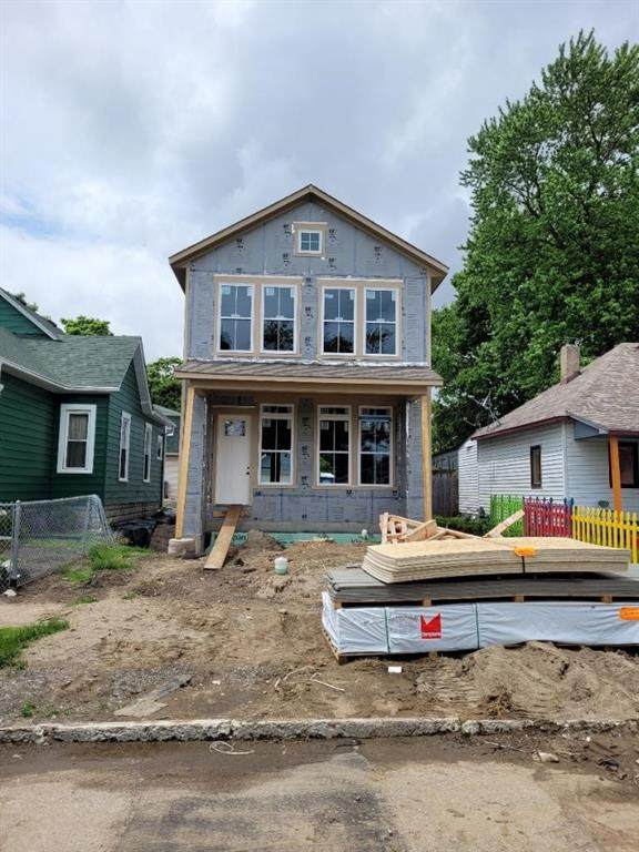 1628 Columbia Avenue, Indianapolis, IN 46202 (MLS #21777459) :: Keller & Corbett Real Estate