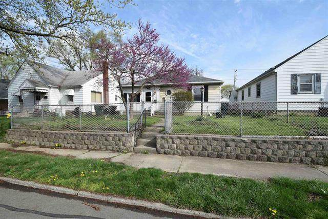312 E 13th Street, Muncie, IN 47302 (MLS #21777621) :: Mike Price Realty Team - RE/MAX Centerstone