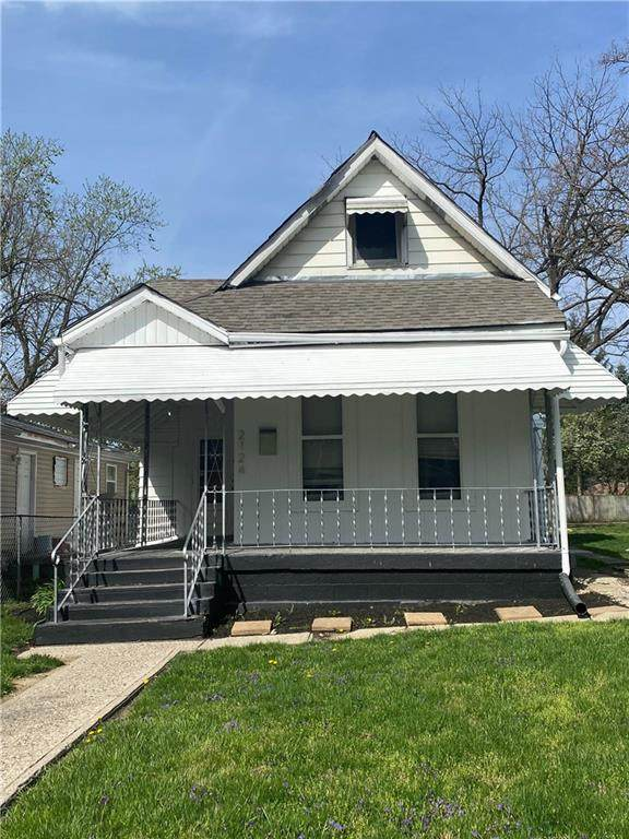 2124 Bellefontaine Street, Indianapolis, IN 46202 (MLS #21777971) :: Anthony Robinson & AMR Real Estate Group LLC