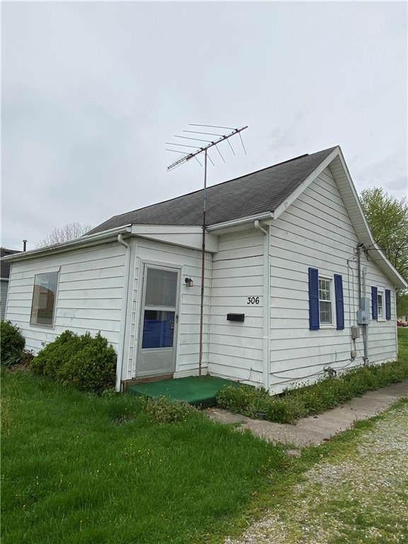 306 N Preston Street, Crothersville, IN 47229 (MLS #21778041) :: AR/haus Group Realty