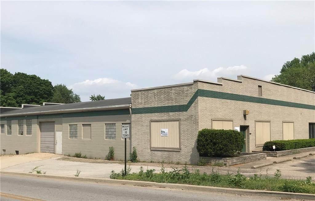 2333 Fruitridge Avenue - Photo 1