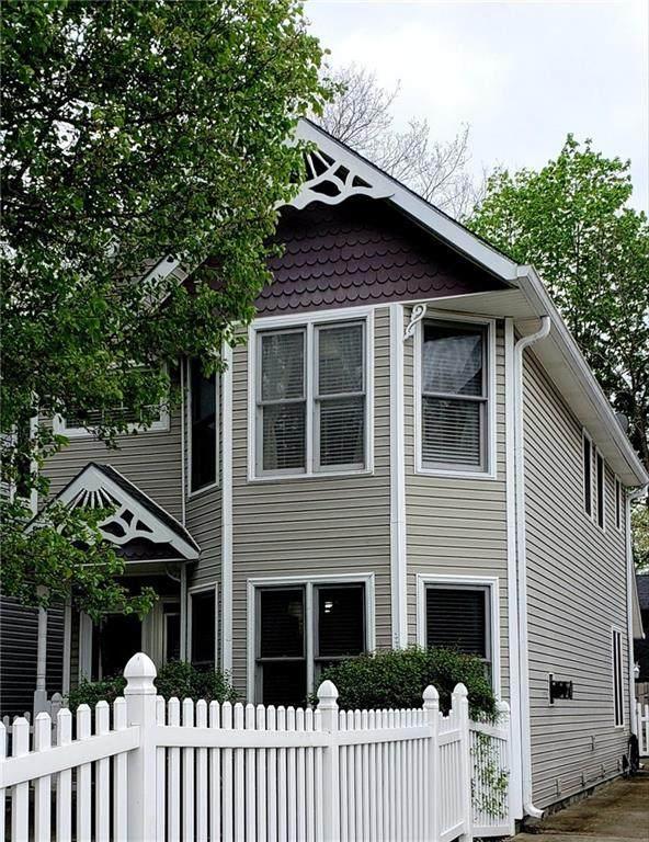 222 Heritage Lane, Carmel, IN 46032 (MLS #21778282) :: AR/haus Group Realty