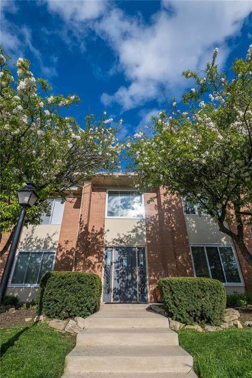 527 Hunters Drive C, Carmel, IN 46032 (MLS #21780853) :: Heard Real Estate Team   eXp Realty, LLC