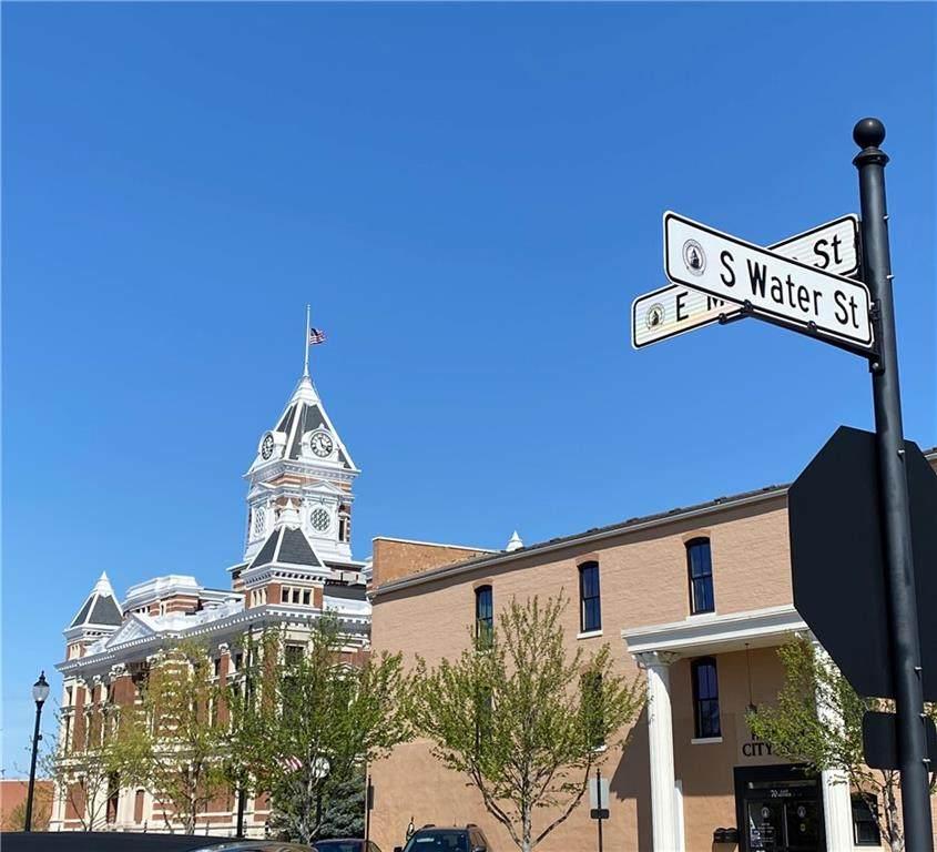 111 Monroe Street - Photo 1
