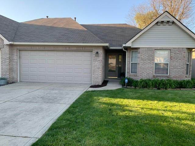 818 Ashton Parke Drive, Greenwood, IN 46143 (MLS #21782236) :: Heard Real Estate Team | eXp Realty, LLC