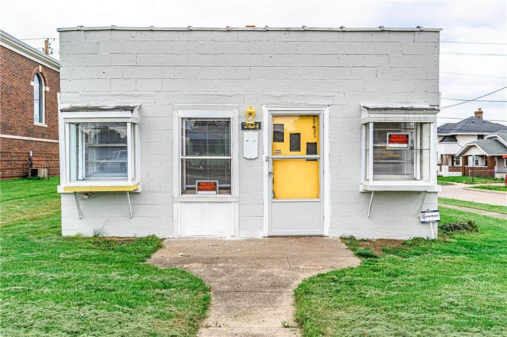 2834 Shelby Street - Photo 1