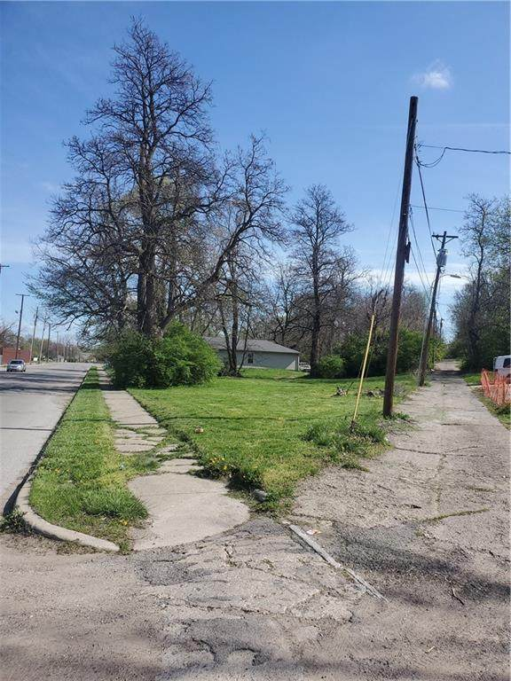 1659 Roosevelt Avenue, Indianapolis, IN 46218 (MLS #21783827) :: RE/MAX Legacy