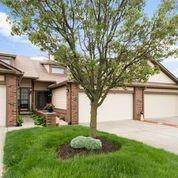 548 Cielo Vista Court, Greenwood, IN 46143 (MLS #21783907) :: Anthony Robinson & AMR Real Estate Group LLC