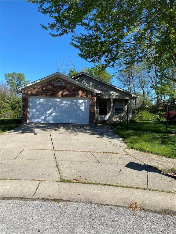 7606 Buck Run Court, Indianapolis, IN 46217 (MLS #21783970) :: Mike Price Realty Team - RE/MAX Centerstone