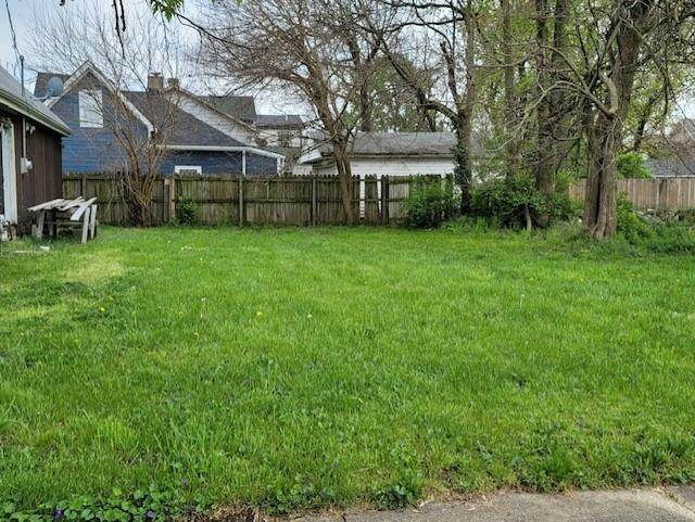 921 E 24th Street, Indianapolis, IN 46205 (MLS #21783981) :: RE/MAX Legacy