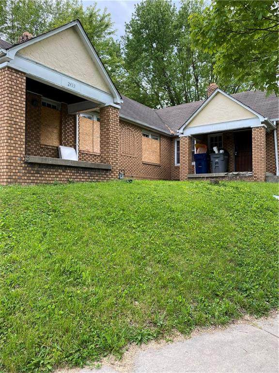 2433 Brookside Parkway South Drive, Indianapolis, IN 46201 (MLS #21784843) :: Mike Price Realty Team - RE/MAX Centerstone