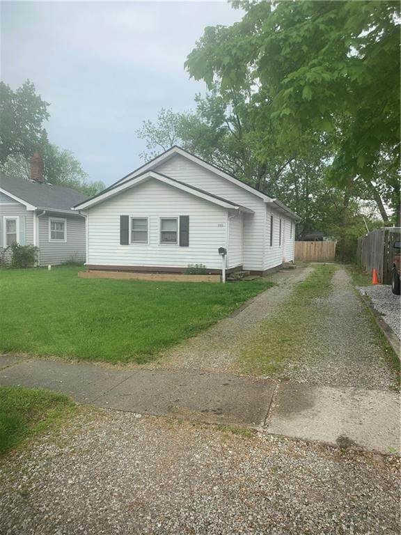 2311 Harlan Street, Indianapolis, IN 46203 (MLS #21785391) :: Mike Price Realty Team - RE/MAX Centerstone