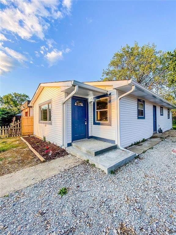 2319 N Spencer Avenue, Indianapolis, IN 46218 (MLS #21785427) :: Mike Price Realty Team - RE/MAX Centerstone