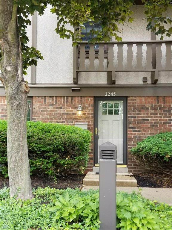 2245 Rome Drive, Indianapolis, IN 46228 (MLS #21786549) :: RE/MAX Legacy