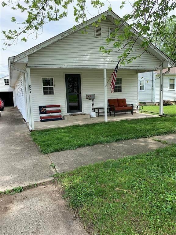 2224 Silver Street, Anderson, IN 46012 (MLS #21787270) :: Richwine Elite Group